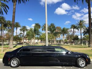2015-Black-70-inch-Chrysler-300-Limousine-for-Sale-617 (11)