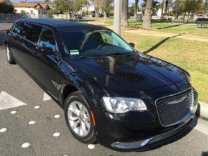 2015-Black-70-inch-Chrysler-300-Limousine-for-Sale-617 (10)