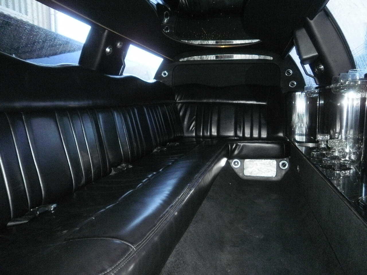Lincoln Limousines Limo For Sale Krystallimousinesales Com