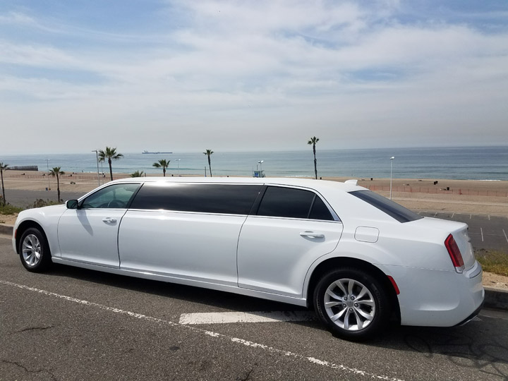 2016 new white 70 inch stretch 6 passenger chrysler 300 limo for sale 677. Cars Review. Best American Auto & Cars Review